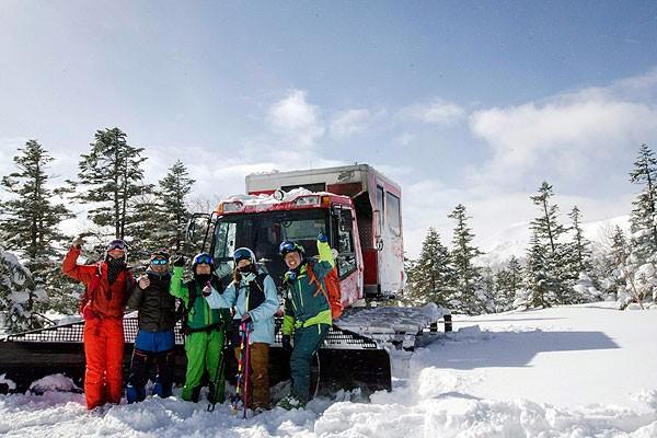 八幡平滑雪